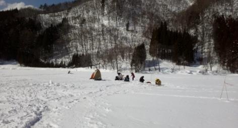 中綱湖結氷風景